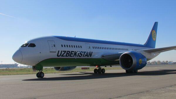 Uzbekskiye avialinii prinyali v ekspluatatsiyu yeщe odin samolet Boeing 787-8 Dreamliner - Sputnik Oʻzbekiston