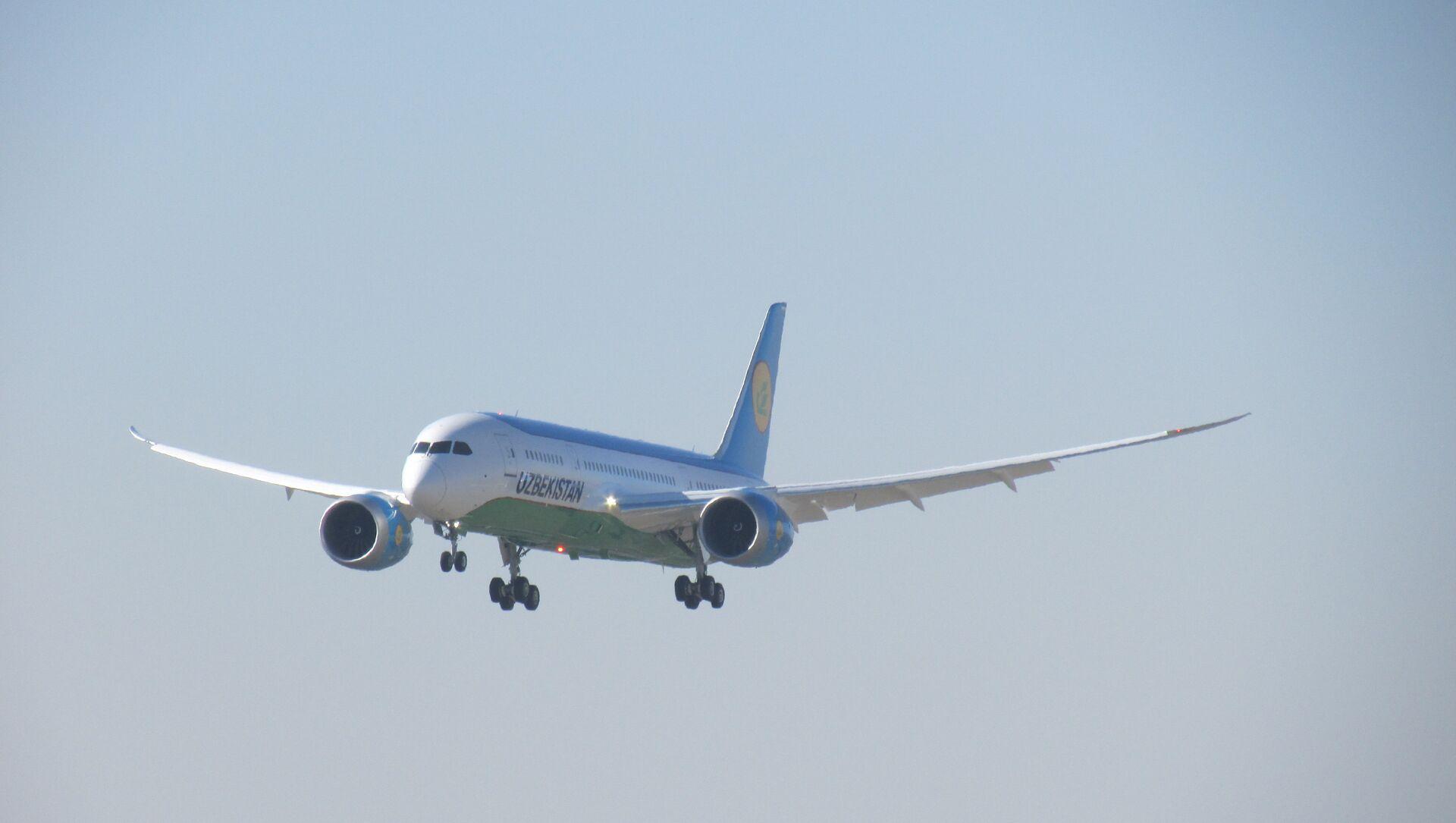 Узбекские авиалинии приняли в эксплуатацию еще один самолет Boeing 787-8 Dreamliner - Sputnik Ўзбекистон, 1920, 10.02.2021