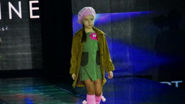 Toshkentdagi modalar namoyishi - Oltin kuz The Fashion-show - Sputnik Oʻzbekiston
