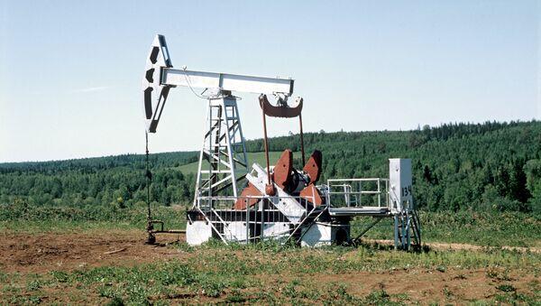 Нефтяная качалка - Sputnik Узбекистан