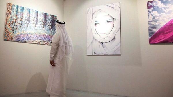 В Дубае (ОАЭ) состоялась церемония открытия фотовыставки, посвященной 25-летию Дня независимости Узбекистана - Sputnik Узбекистан