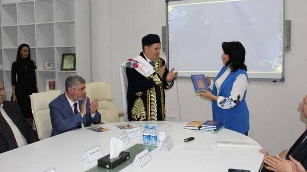 Международная конференция в Баку, посвященная творчеству Алишера Навои - Sputnik Узбекистан