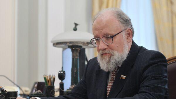 Экс-председатель Центральной избирательной комиссии РФ Владимир Чуров - Sputnik Узбекистан