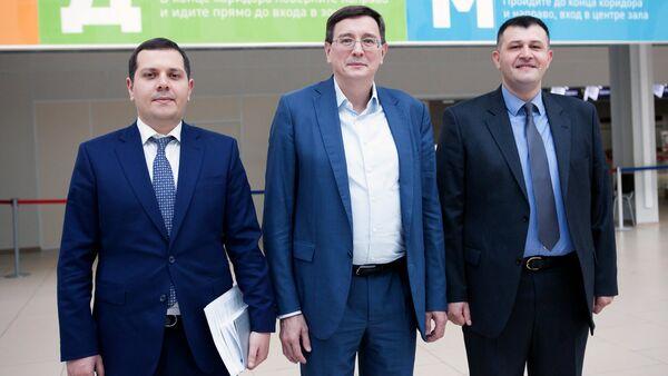 Представители посольства Азербайджанской Республики Ровшан Акиф оглы Ахундов и Тогрул Гурбан оглы Махмудов - Sputnik Узбекистан
