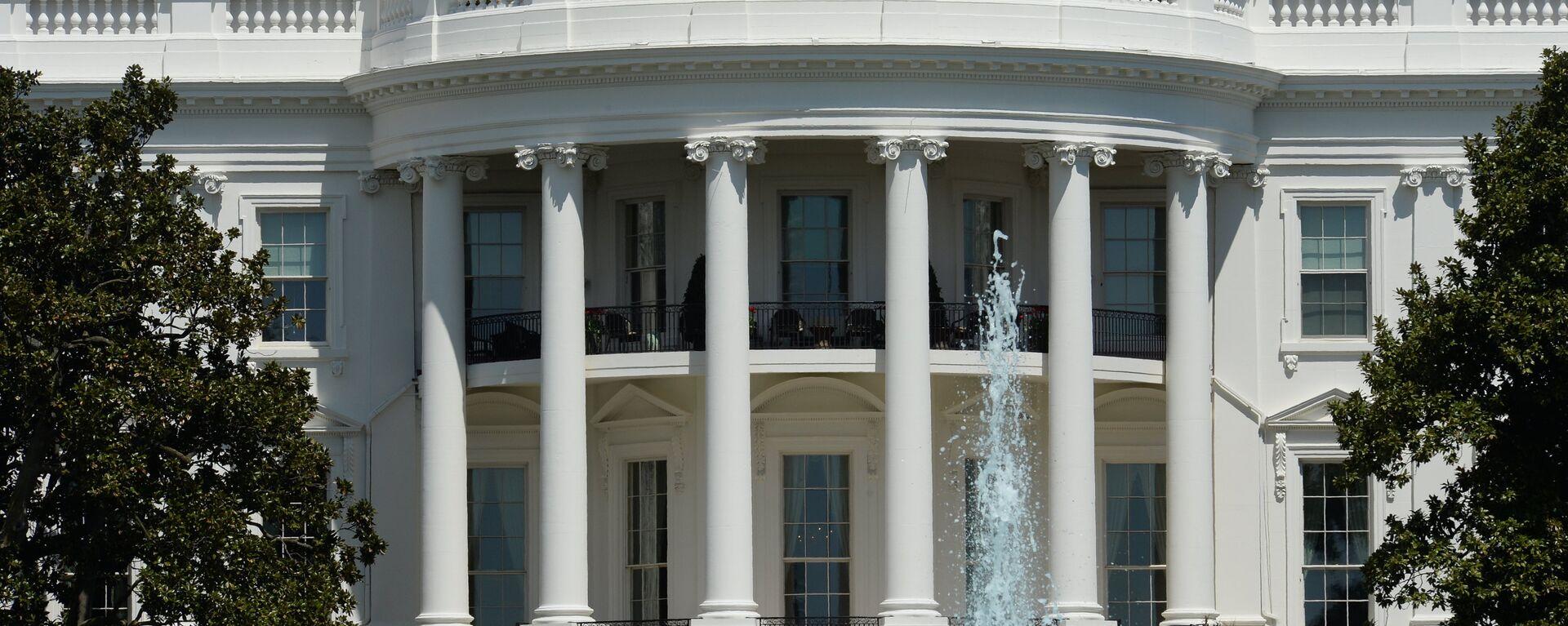 Белый дом в Вашингтоне - Sputnik Узбекистан, 1920, 03.06.2020