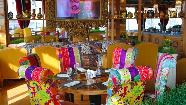 Eshak restorani interyeri - Sputnik Oʻzbekiston