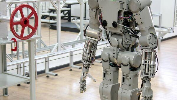 Робот - Sputnik Узбекистан