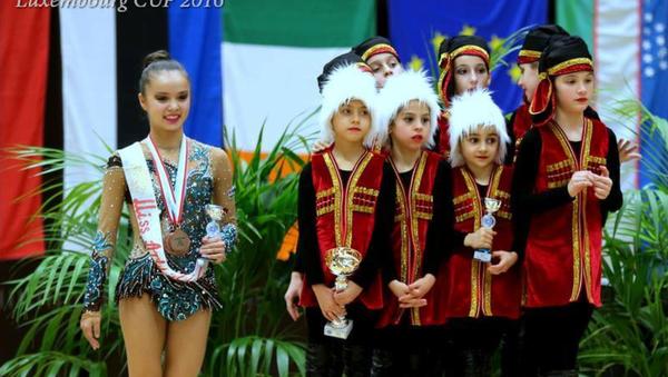 Lyuksemburgda ishtirok etgan oʻzbekistonlik gimnastikachilar - Sputnik Oʻzbekiston
