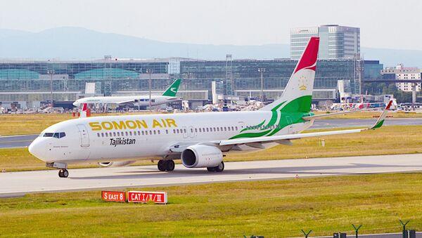 Samolet tadjikskix avialiniy Somon Air - Sputnik Oʻzbekiston