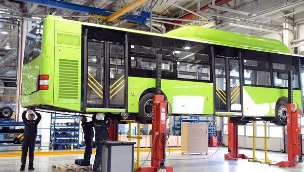 Zavod po proizvodstvu avtobusov MAN v Samarkande - Sputnik Oʻzbekiston