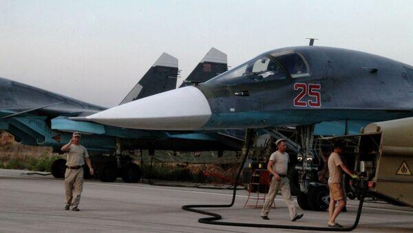Российская боевая авиация на аэродроме - Sputnik Ўзбекистон