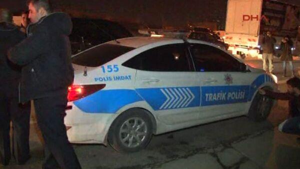 İstanbul'da polis aracına ateş açıldı - Sputnik Узбекистан