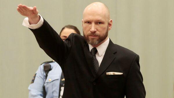 Андерс Брейвик в суде продемонстрировал нацистское приветствие - Sputnik Узбекистан