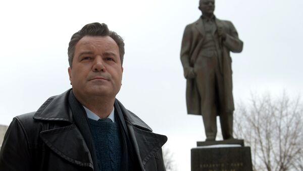 Актер Валерий Гришко в главной роли во время съемок фильма Главный конструктор - Sputnik Узбекистан