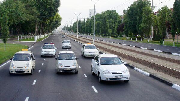 Движение транспорта в городе Ташкенте - Sputnik Ўзбекистон