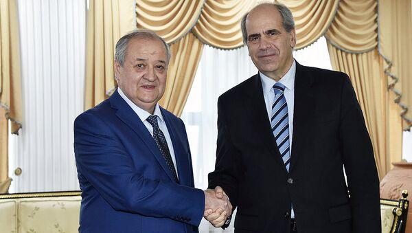 Abdulaziz Kamilov i Piter Burian - Sputnik Oʻzbekiston