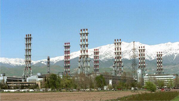 Таджикский алюминиевый завод, архивное фото - Sputnik Узбекистан
