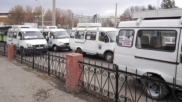 Маршрутные такси в Ташкенте - Sputnik Узбекистан