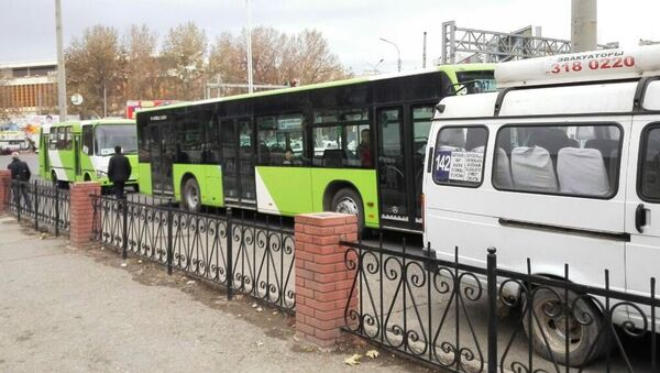 Городской транспорт в Ташкенте - Sputnik Ўзбекистон