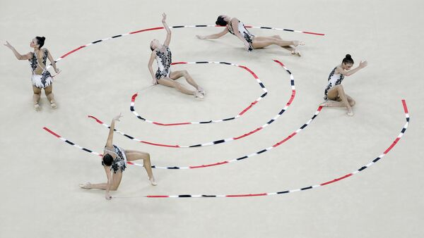 Сборная Узбекистана по художстевенной гимнастике на олимпиаде в Бразилии - Sputnik Узбекистан
