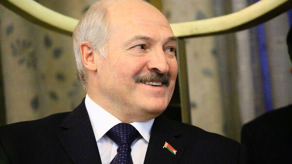 Александр Лукашенко во время визита в Судан - Sputnik Узбекистан