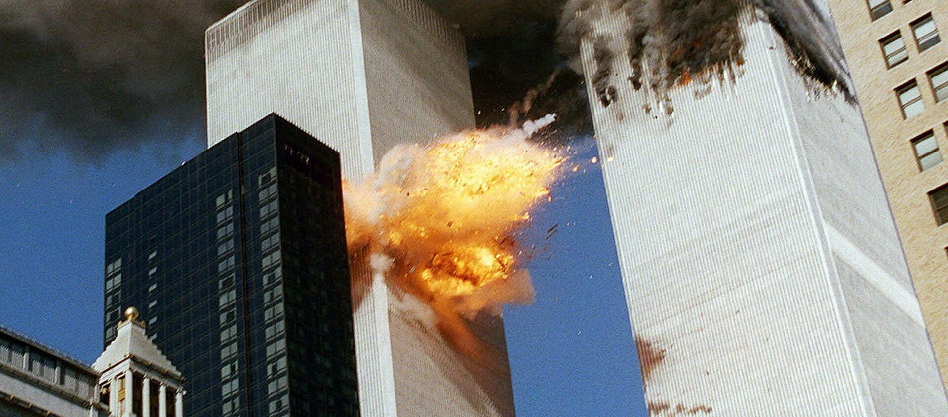 Во время теракта 11 сентября 2001 года в Нью-Йорке - Sputnik Узбекистан, 1920, 09.02.2017