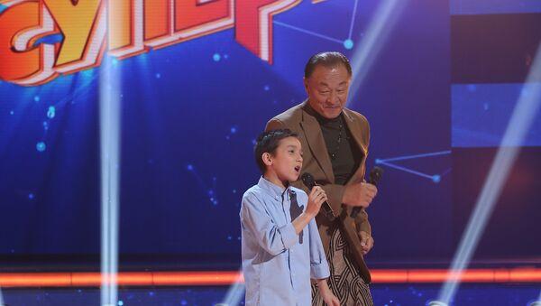 Кэри-Хироюки Тагава на детском телепроекте Ты супер! - Sputnik Узбекистан