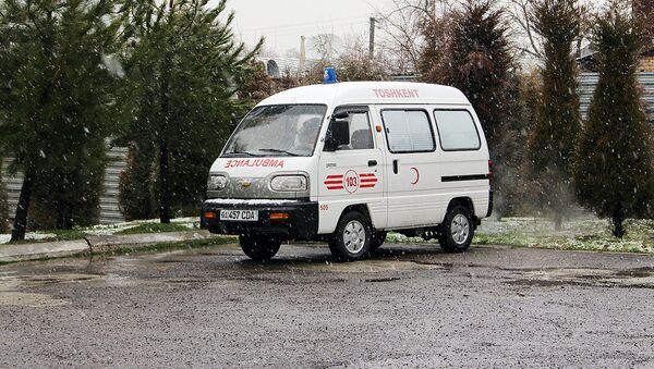 Tez tibbiy yordam mashinasi - Sputnik Oʻzbekiston