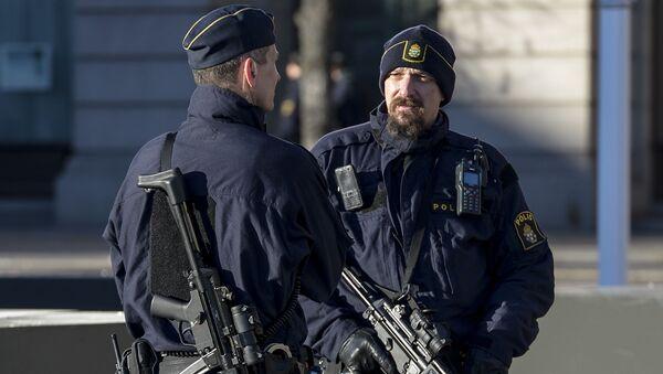 Schwedische Polizisten - Sputnik Oʻzbekiston