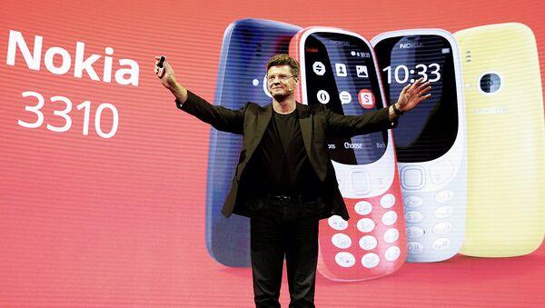 Афсонавий Nokia 3310 телефонининг янгиланган версияси - Sputnik Ўзбекистон