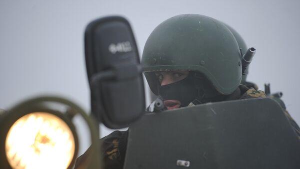 Учения батальонной группы и антитеррористических подразделений - Sputnik Узбекистан