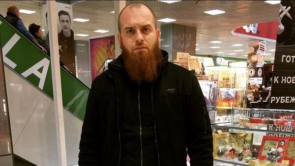 Ислам Исмаилов, ведущий программы Стоп Харам - Sputnik Узбекистан