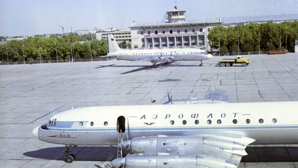 Ашхобод аэропорти - Sputnik Ўзбекистон