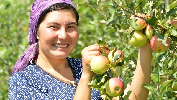 Сельские женщины Узбекистана - Sputnik Узбекистан