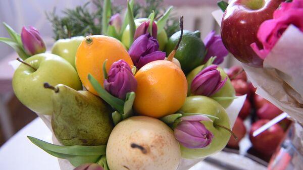 Вкусно и красиво: как сделать фруктовый букет своими руками - Sputnik Ўзбекистон