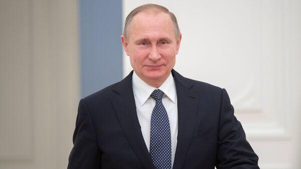 Президент РФ В. Путин - Sputnik Узбекистан
