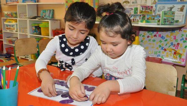 Дети в детском саду  - Sputnik Узбекистан