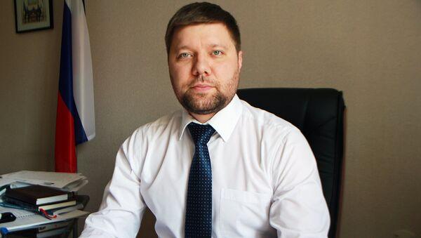Заведующий консульским отделом Посольства РФ в Узбекистане И.Ю.Фетисов - Sputnik Узбекистан
