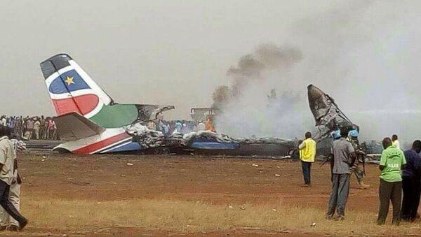 Крушение самолета в Южном Судане - Sputnik Узбекистан