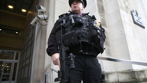 London politsiyachisi - Sputnik Oʻzbekiston