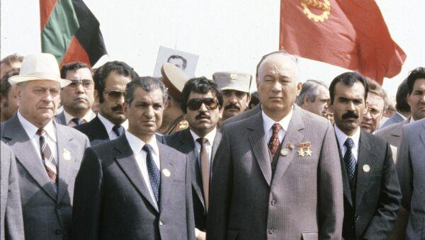 Babrak Karmal, Sharaf Rashidovich Rashidov - Sputnik Oʻzbekiston