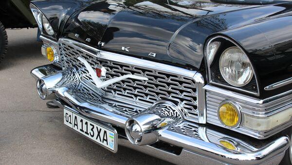 Чайка на выставке ретро-автомобилей в Ташкенте - Sputnik Ўзбекистон