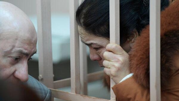 Rassmotreniye xodataystva sledstviya ob areste predpolagayemыx souchastnikov terakta v metro Sankt-Peterburga - Sputnik Oʻzbekiston