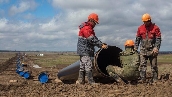 Строительство магистрального газопровода Бухарский газоносный район — Ташкент — Бишкек — Алматы - Sputnik Узбекистан