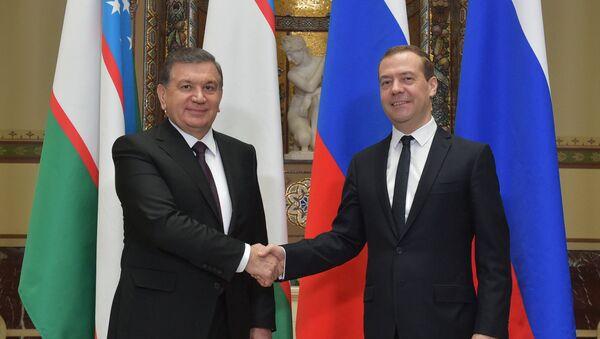 Premyer-ministr RF D. Medvedev vstretilsya s prezidentom Uzbekistana SH. Mirziyeyevыm - Sputnik Oʻzbekiston
