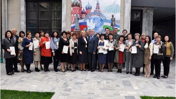 Филологи высшей школы Узбекистана прошли переподготовку в РЦНК в Ташкенте - Sputnik Узбекистан