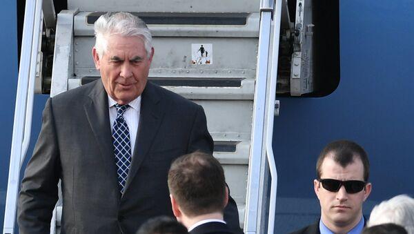 AQSH Davlat kotibi Reks Tillerson Rossiyaga rasmiy tashrif uyushtirdi - Sputnik Oʻzbekiston