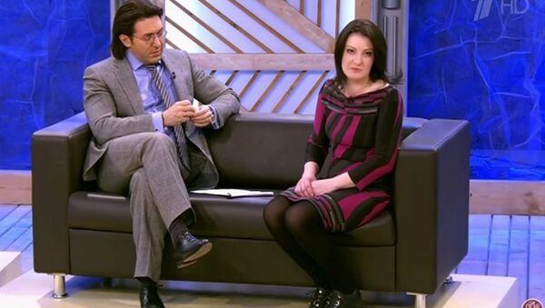 Марина Поснова и Андрей Малахов в студии программы Пусть говорят - Sputnik Узбекистан