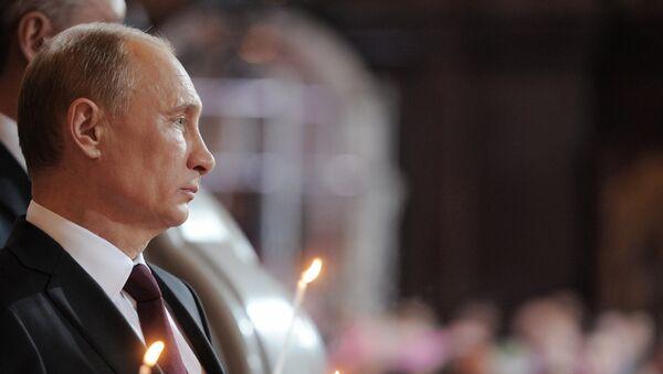 V.Putin v xrame Xrista Spasitelya v Moskve - Sputnik Oʻzbekiston