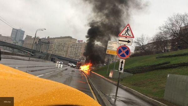 Авария Maserati в Москве - Sputnik Ўзбекистон